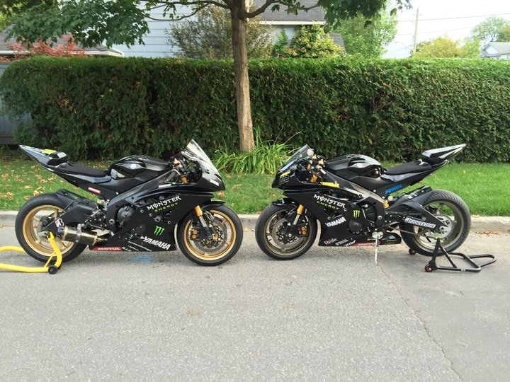 Picture of 2 R6